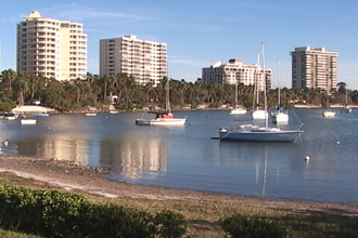 Nice weather video at the bay front in Sarasota, FL